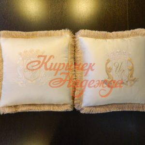 заказть ручную вышивку для подушек